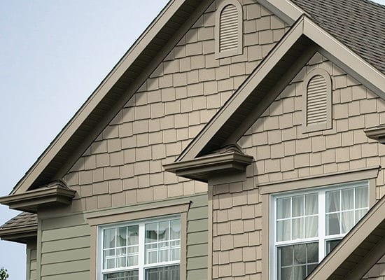 Staggered Shake Siding in Mocha